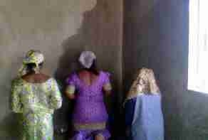 "Worshippers Throng Lagos Church Over Image Of ""Jesus Christ"" On Wall (Photo)"
